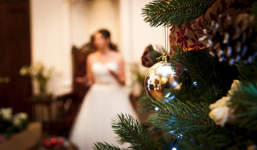 The Christmas spirit brought to a special day, winter wedding planning