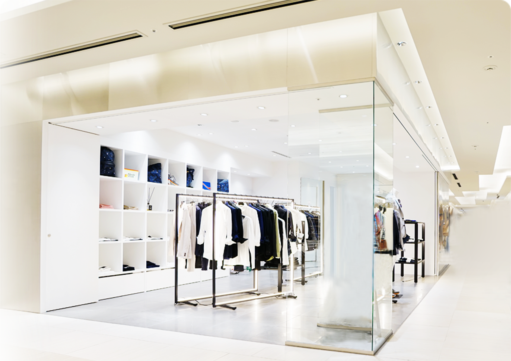 Stores Technology: Clienteling, Endless Aisle, mPOS and Fitting Room | PredictSpring