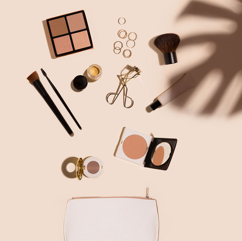Makeup coming out of purse ordered via Clienteling app | PredictSpring