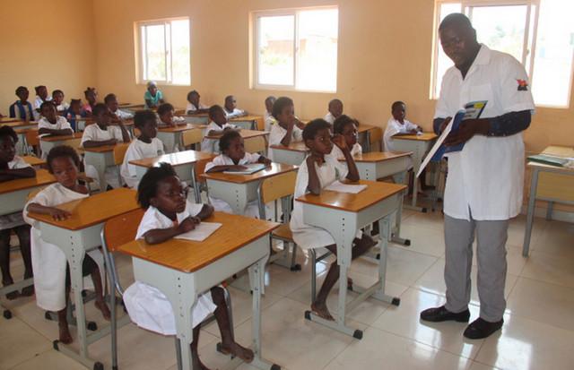 Executivo prevê aumento de 20% no OGE para educação até 2022