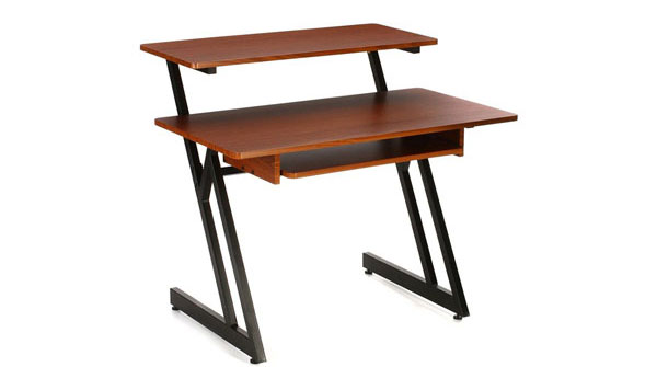 An image of an On-Stage WS7500 Workstation Desk.