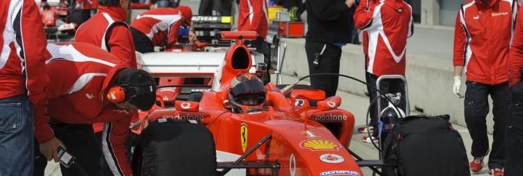 pit crew at Mazda Raceway