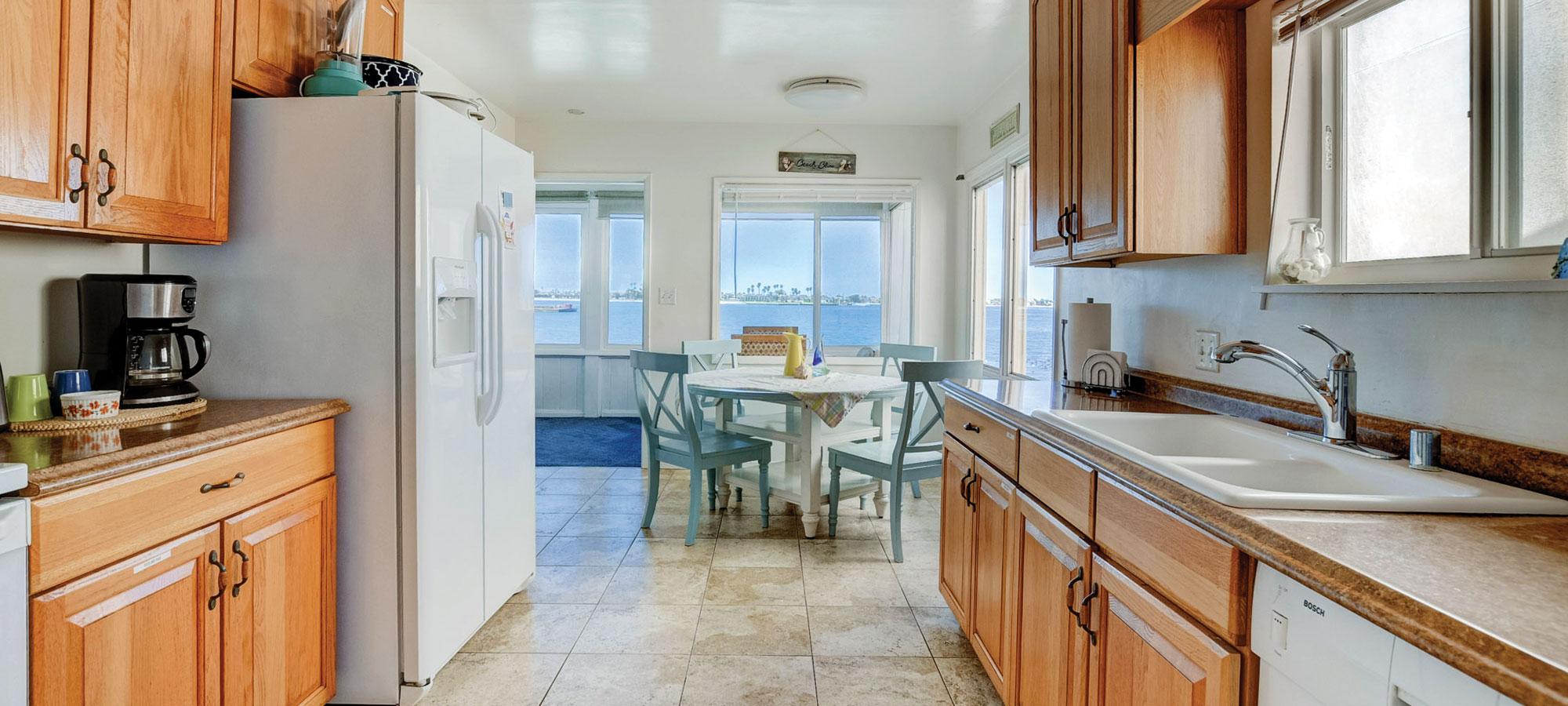 3712 Riviera Dr, San Diego, CA 92109