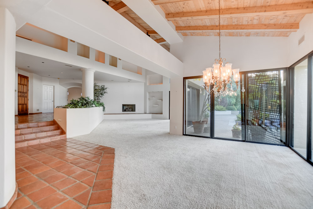 13568 Orchard Gate Rd. Poway, CA 92064