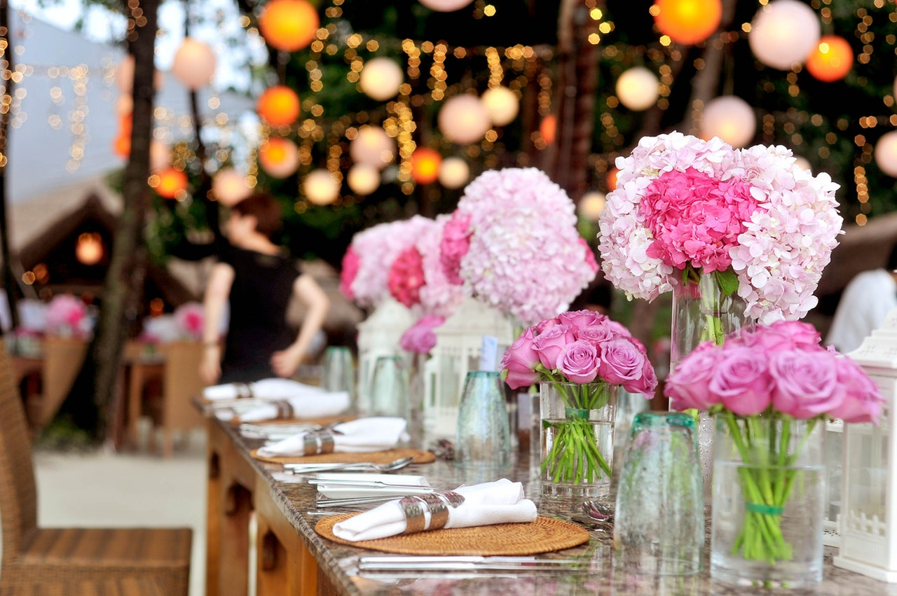 How to Host a Breathtaking Fall Wedding