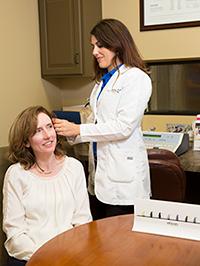 audiologist treating hearing loss