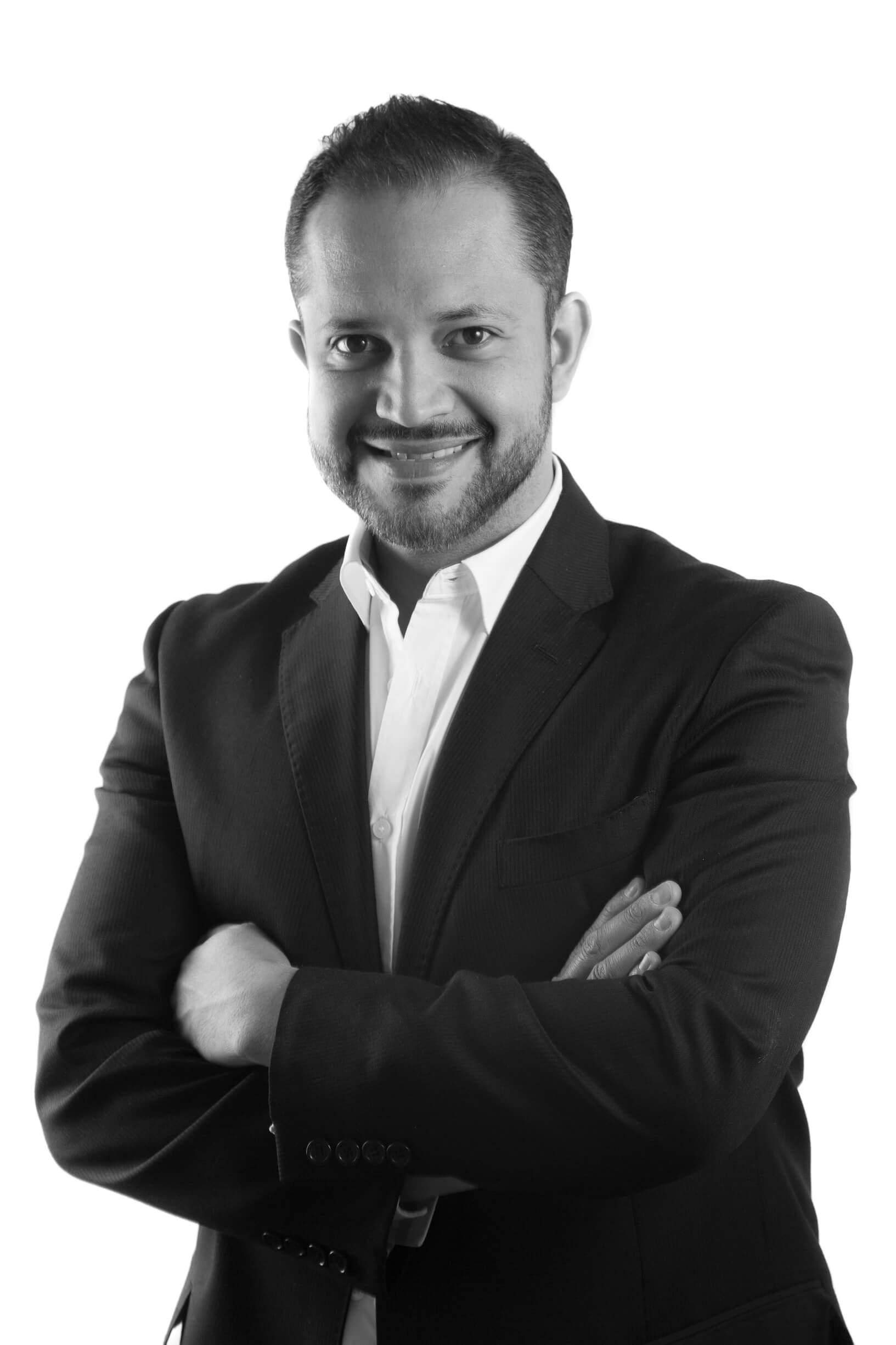 Dr. Salvador Garcia