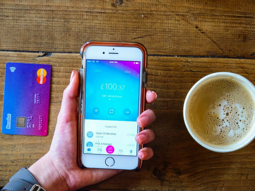 Revolut FinTech's App for a better and easier money transfer.