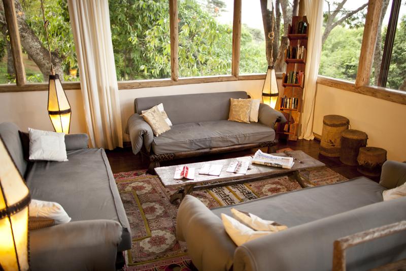 Karama lodge is a friendly lodge located in Arusha Tanzania and is the perfect home base for a Tanzania Safari