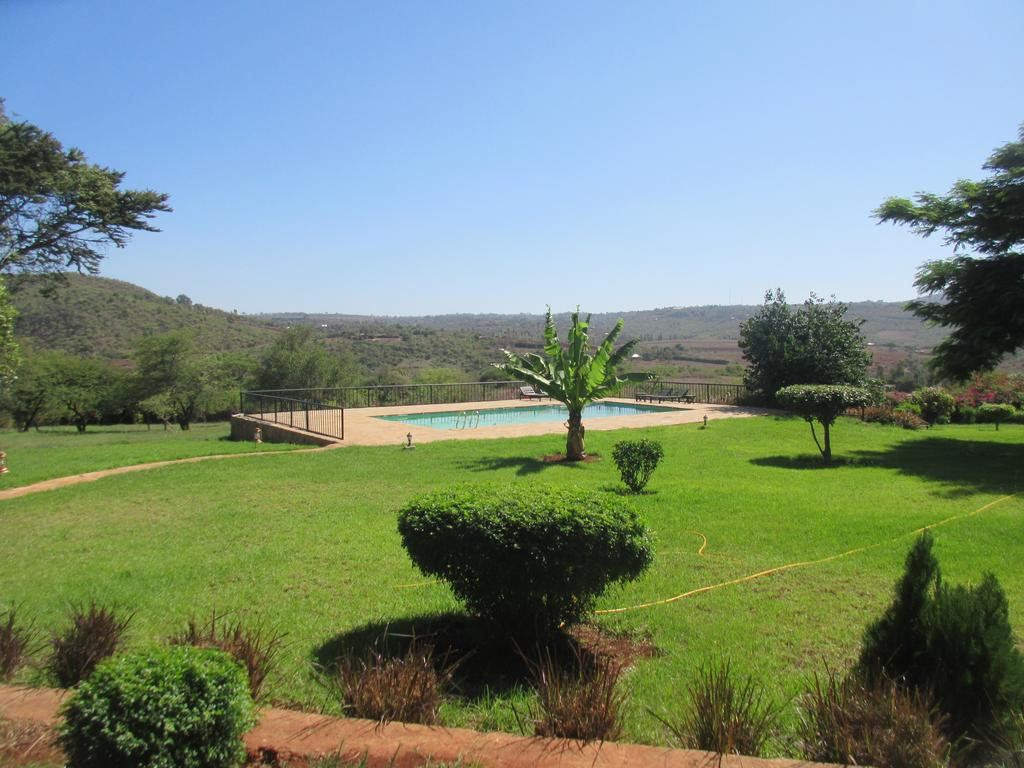 This small and intimate owner built and managed lodge has views to the rolling farmlands and Ngorongoro Forest.