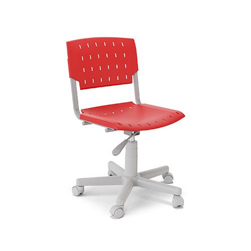 Cadeira giratória com estrutura metálica e capa plástica, rodízios, assento e encosto de polipropileno.
