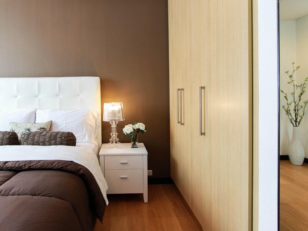 a tidy minimalist bedroom