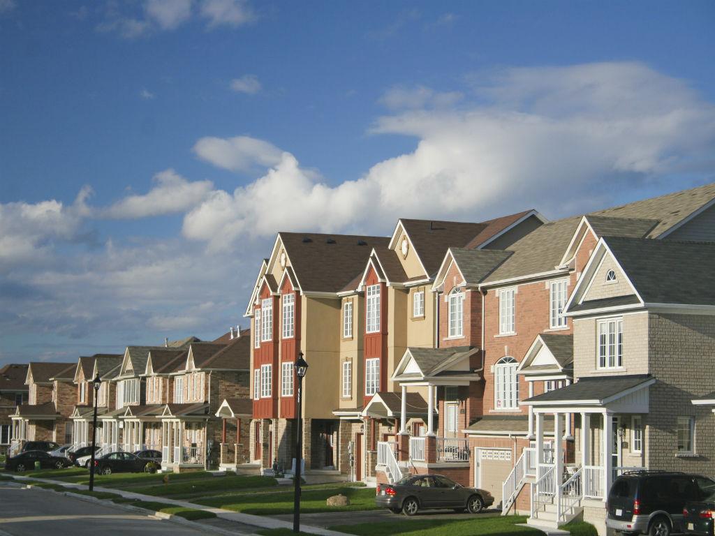 homes on a suburban street