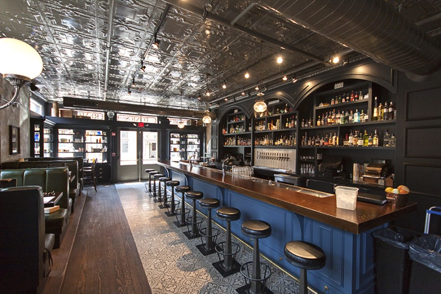 sundry & vice bar interior