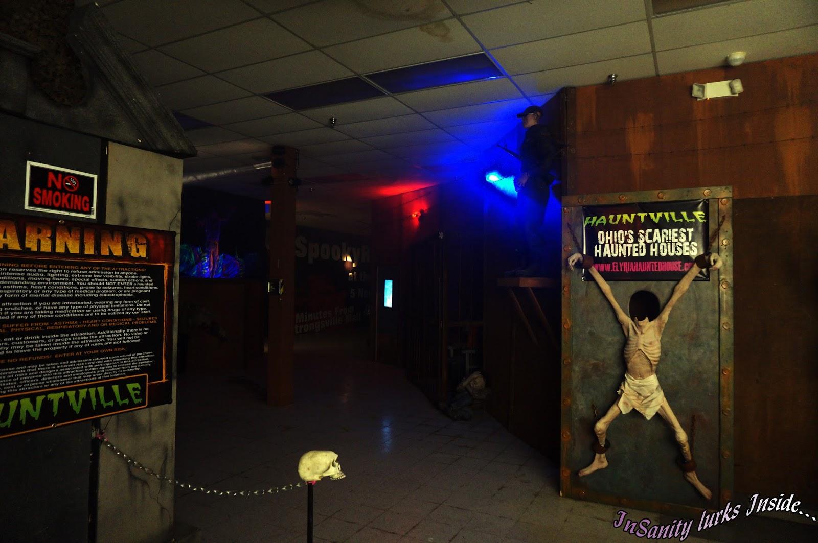 hauntville entrance