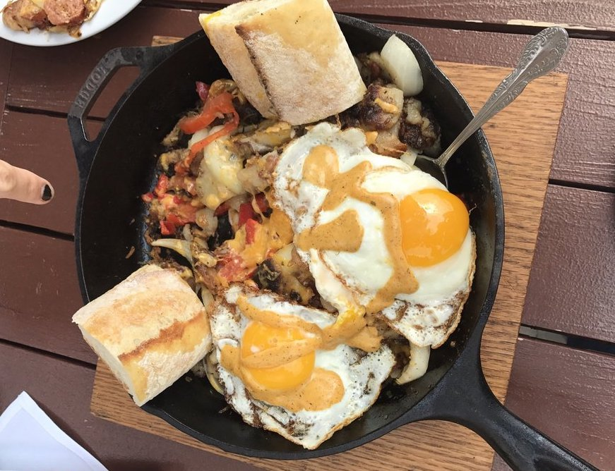 brunch food at Valters at the Maennerchor