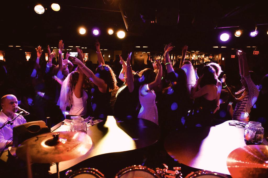 dueling pianos & NYE party at Big Bang columbus