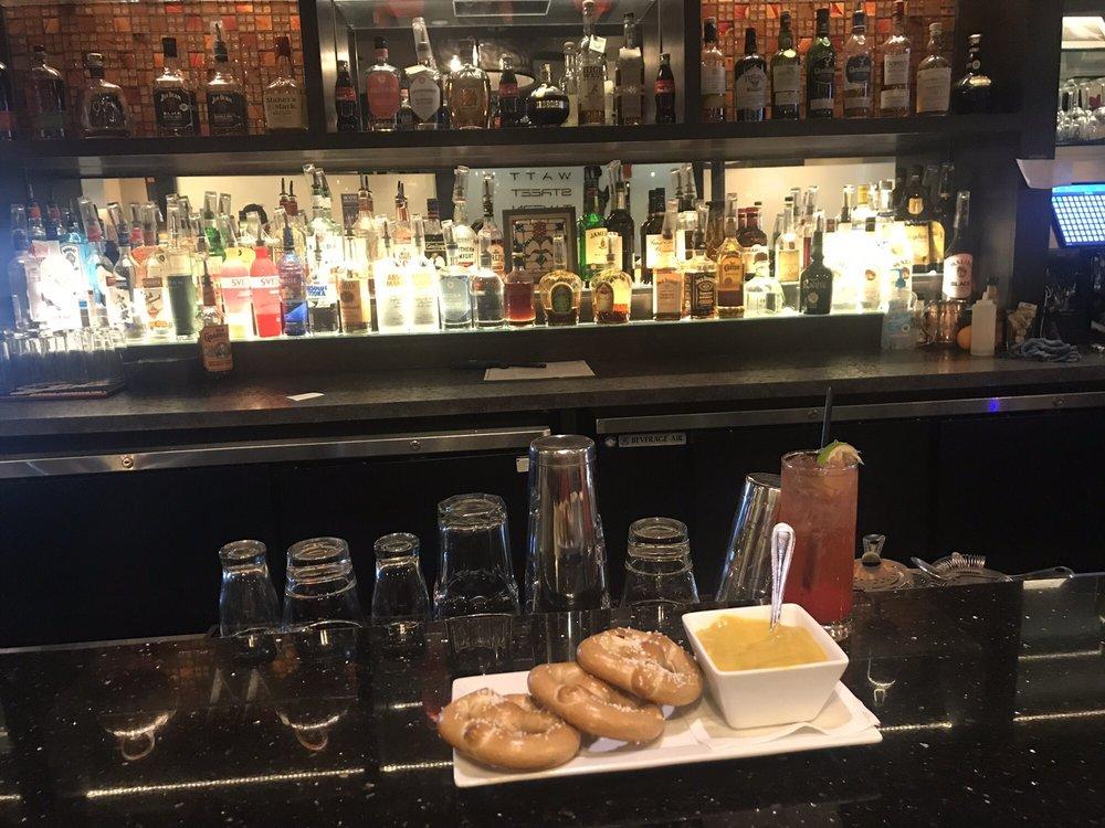 the bar at Watt Street Tavern in Circleville, Ohio
