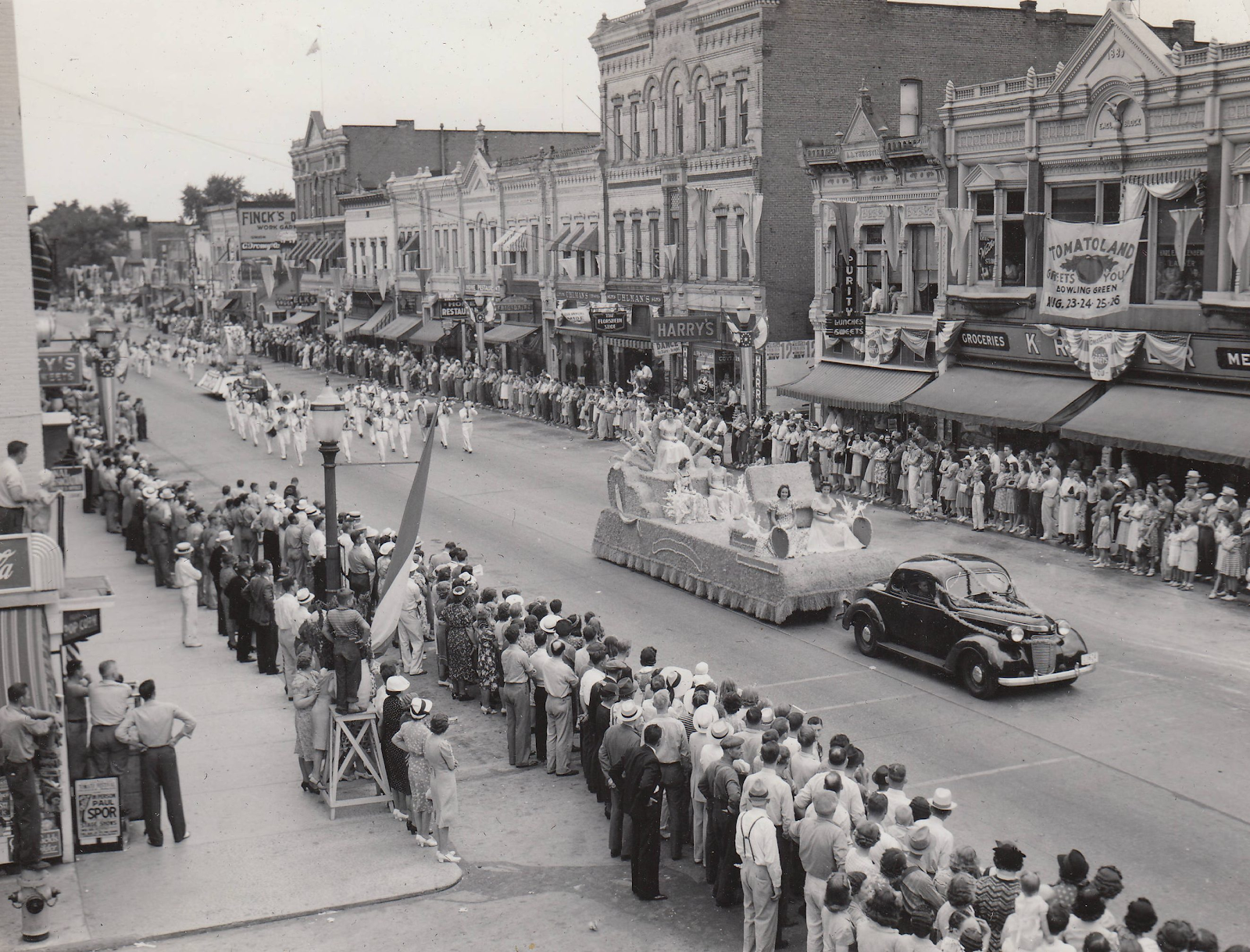 Black and white picture of early Reynoldsburg