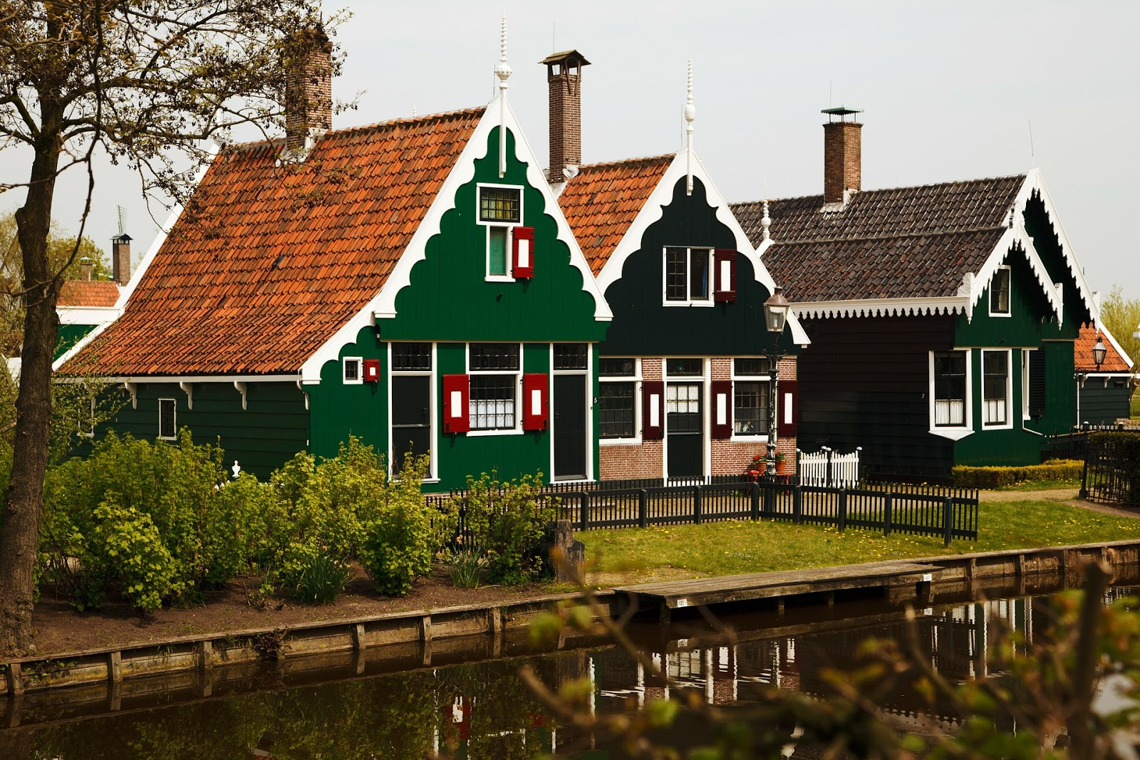 Homes designed with a Dutch architecture style