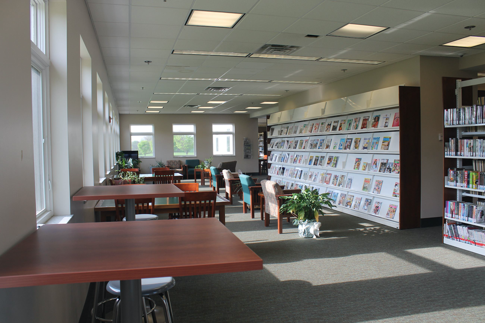 inside the community library of sunbury