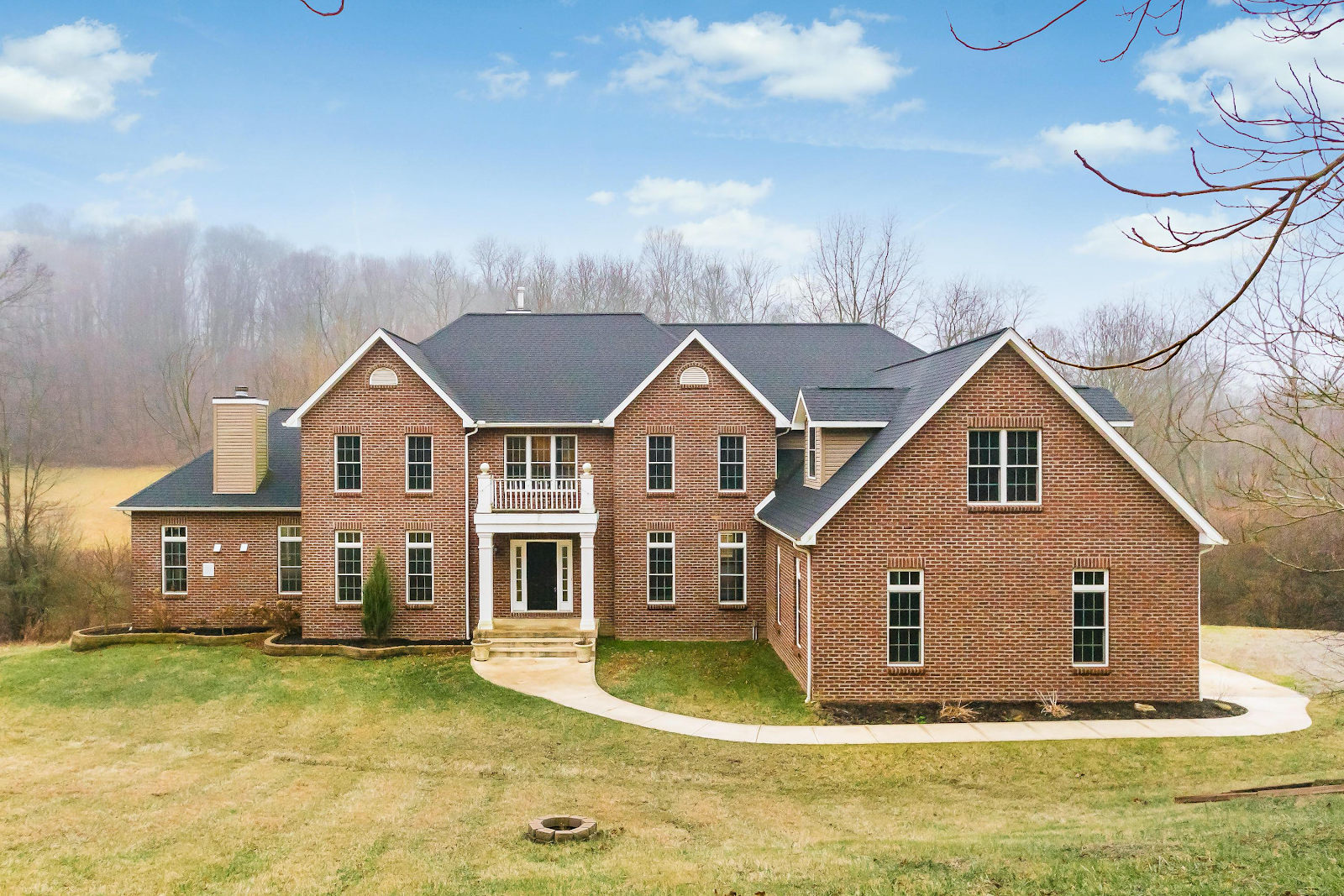large newly constructed home in Granville Ohio