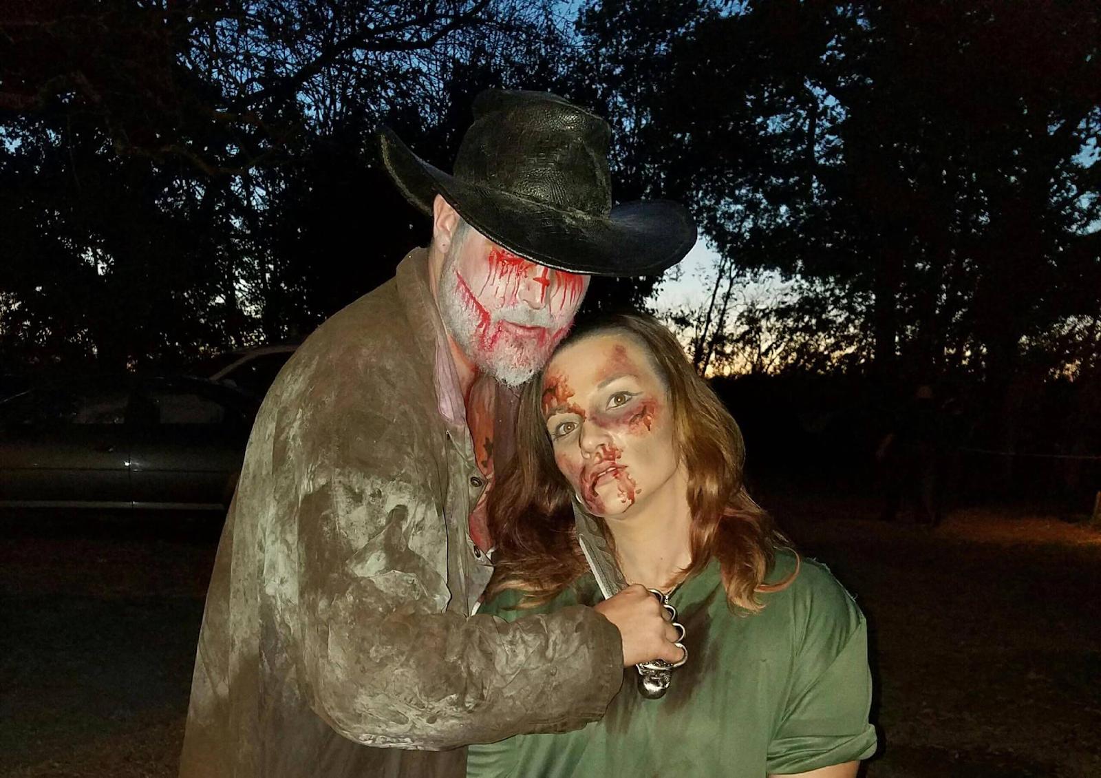 actors at haunted farm