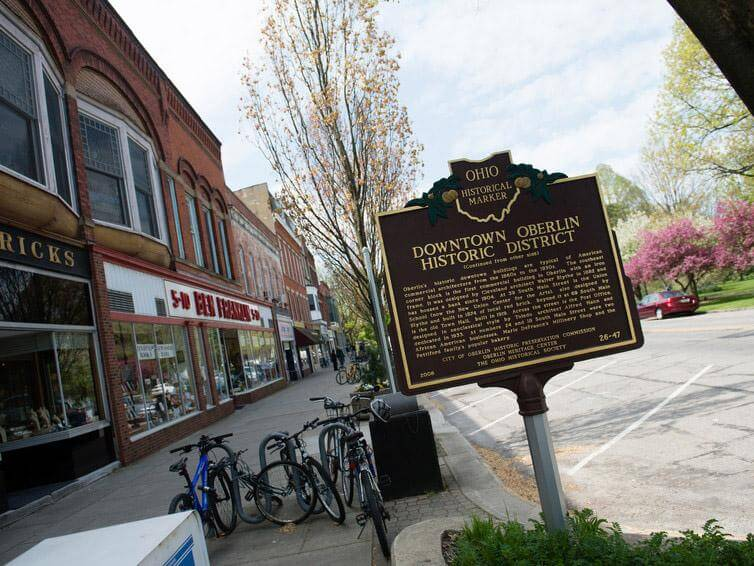 oberlin historic district sign