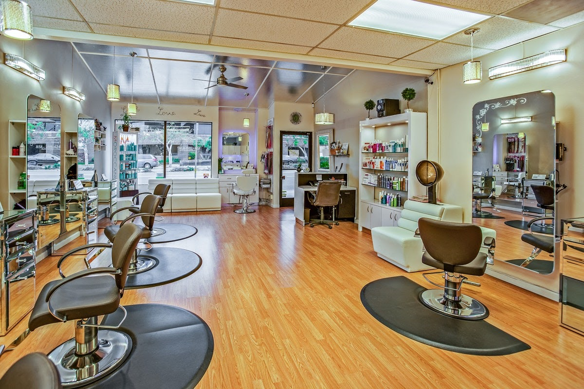 A nice-looking salon interior.