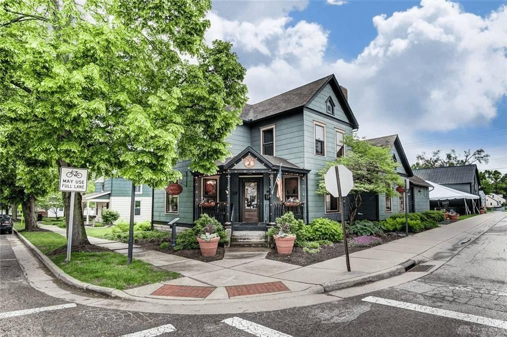 a suburban home in springboro, ohio