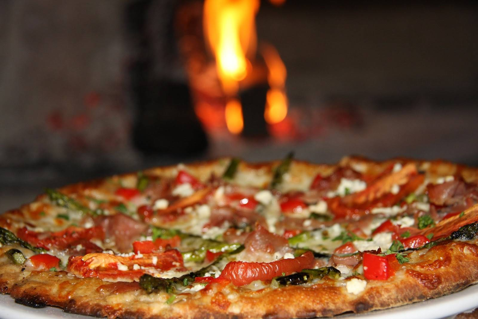 wood fired pizza from Figlio