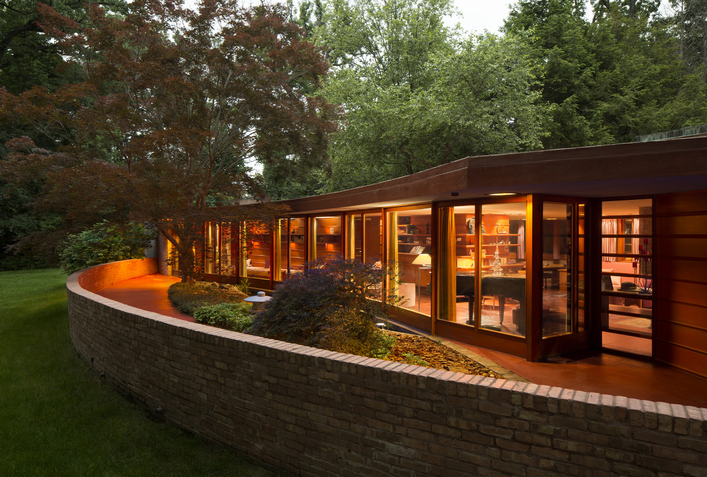 Exterior of the Frank Lloyd Wright house built with a design for disabilities
