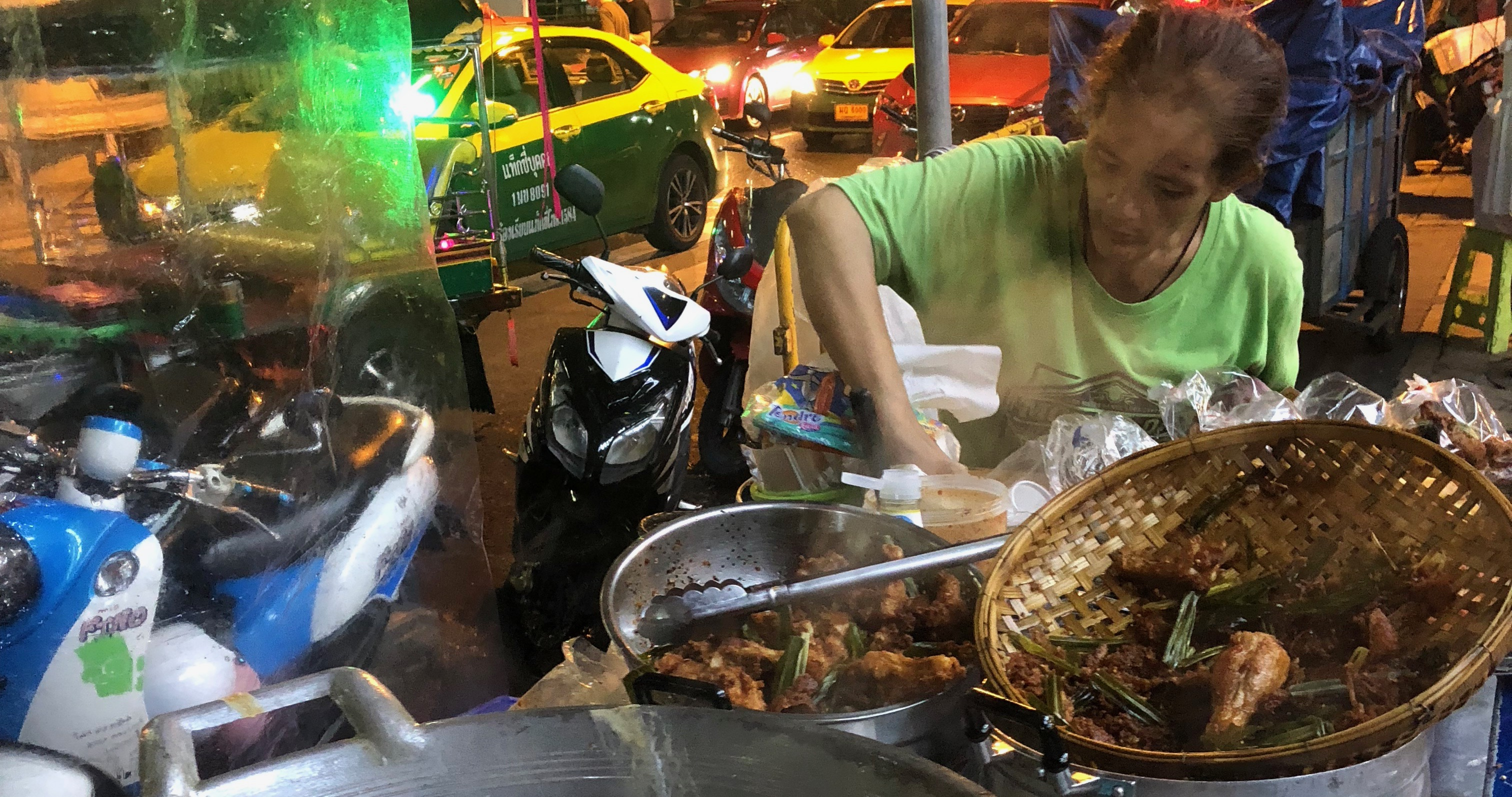 Thai cuisine is a very popular cuisine known worldwide. Apparently influenced by Chinese and Indian cooking, Thai cuisine is a mixture of the best and the most delicious dishes.