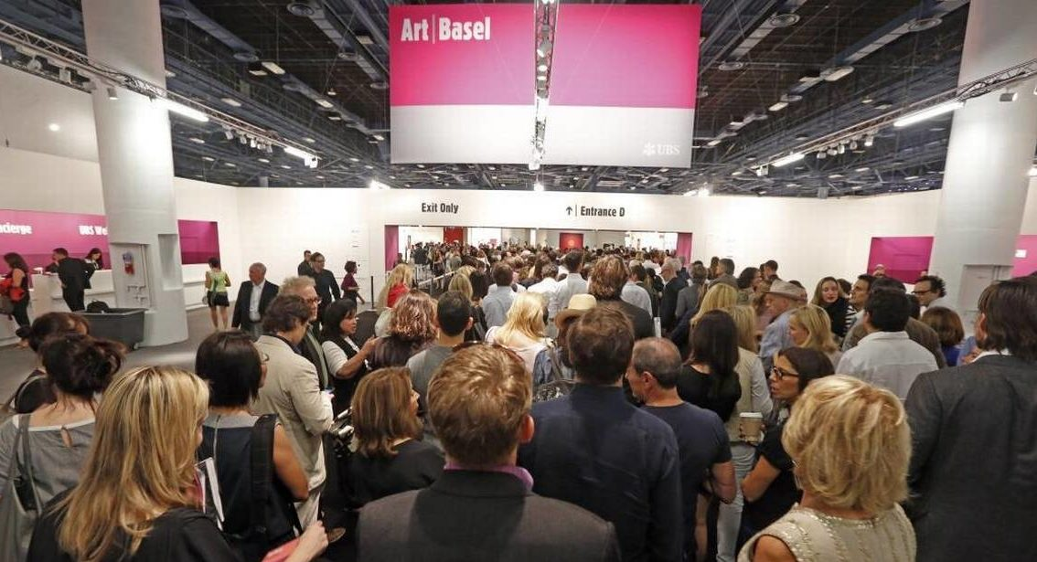 Art Basel gives leading galleries from Africa, Europe, Latin America, Asia and North America the opportunity to exhibit the excellence of contemporary and modern art.