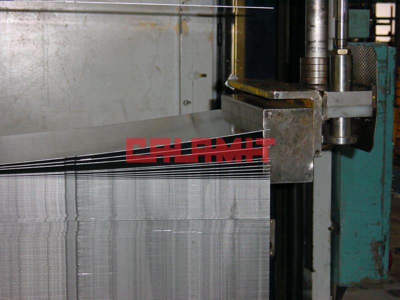 Séparateur de tôle electro-magnétique