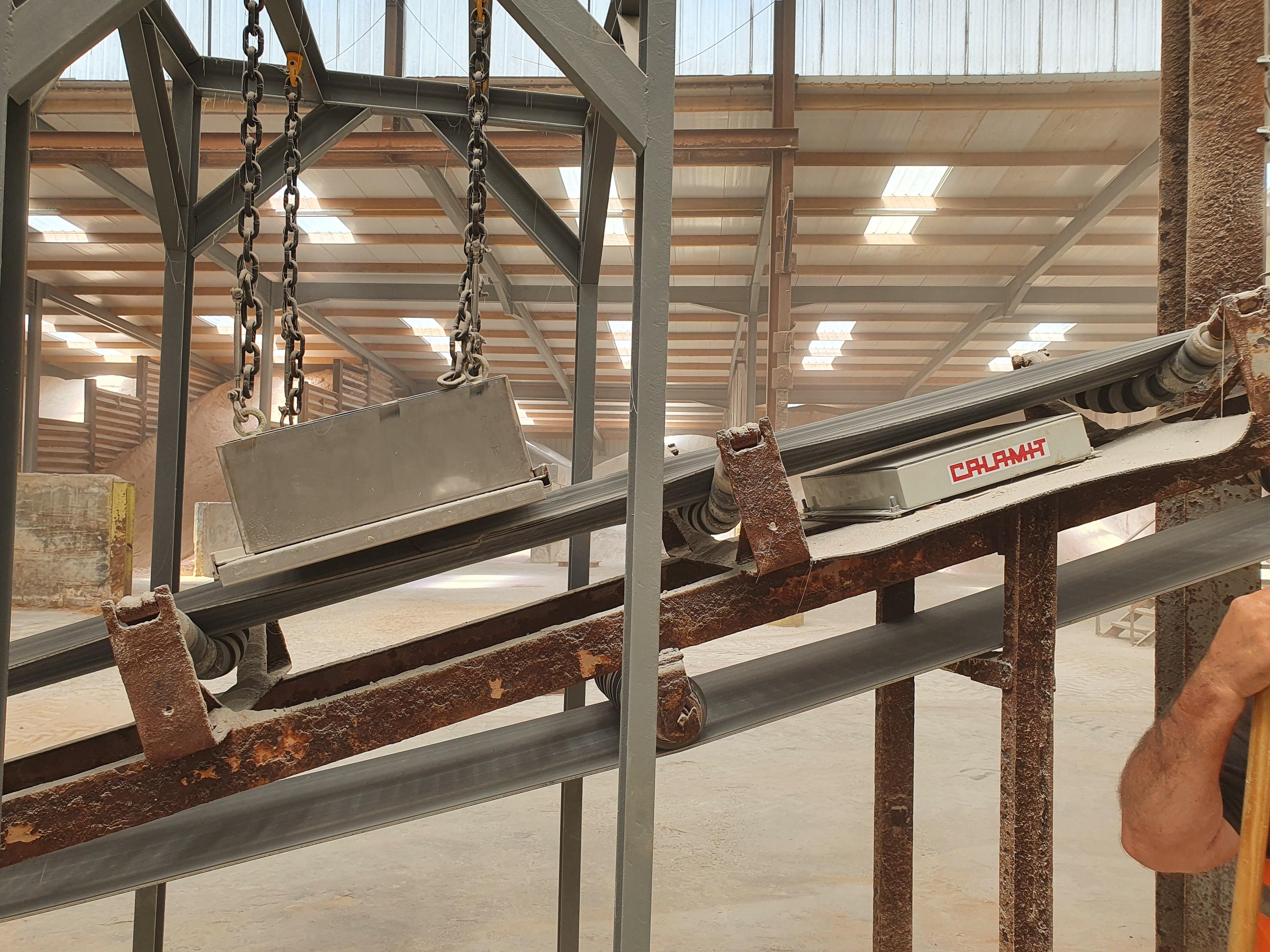 détecteur de métaux à Plaque (MDE) accompagné d'un séparateur de métaux (TED)
