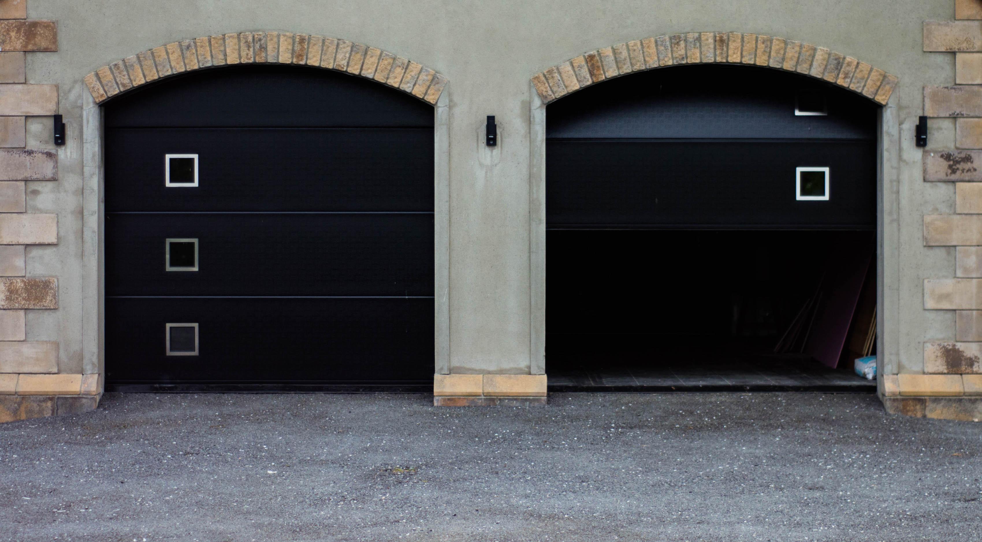 Sectional Doors - LRD06