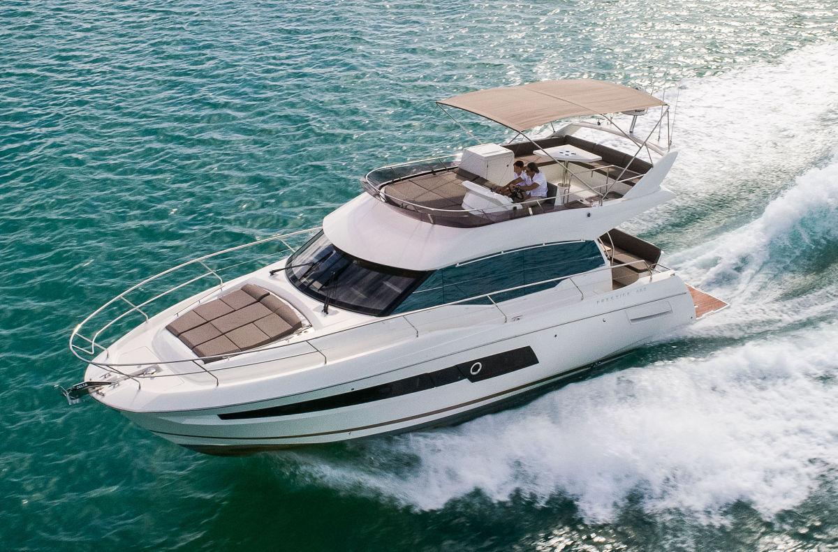 http://www.yachtinglifestyle365.com/wp-content/uploads/2018/12/Prestige-460-1200-x-8009.jpg