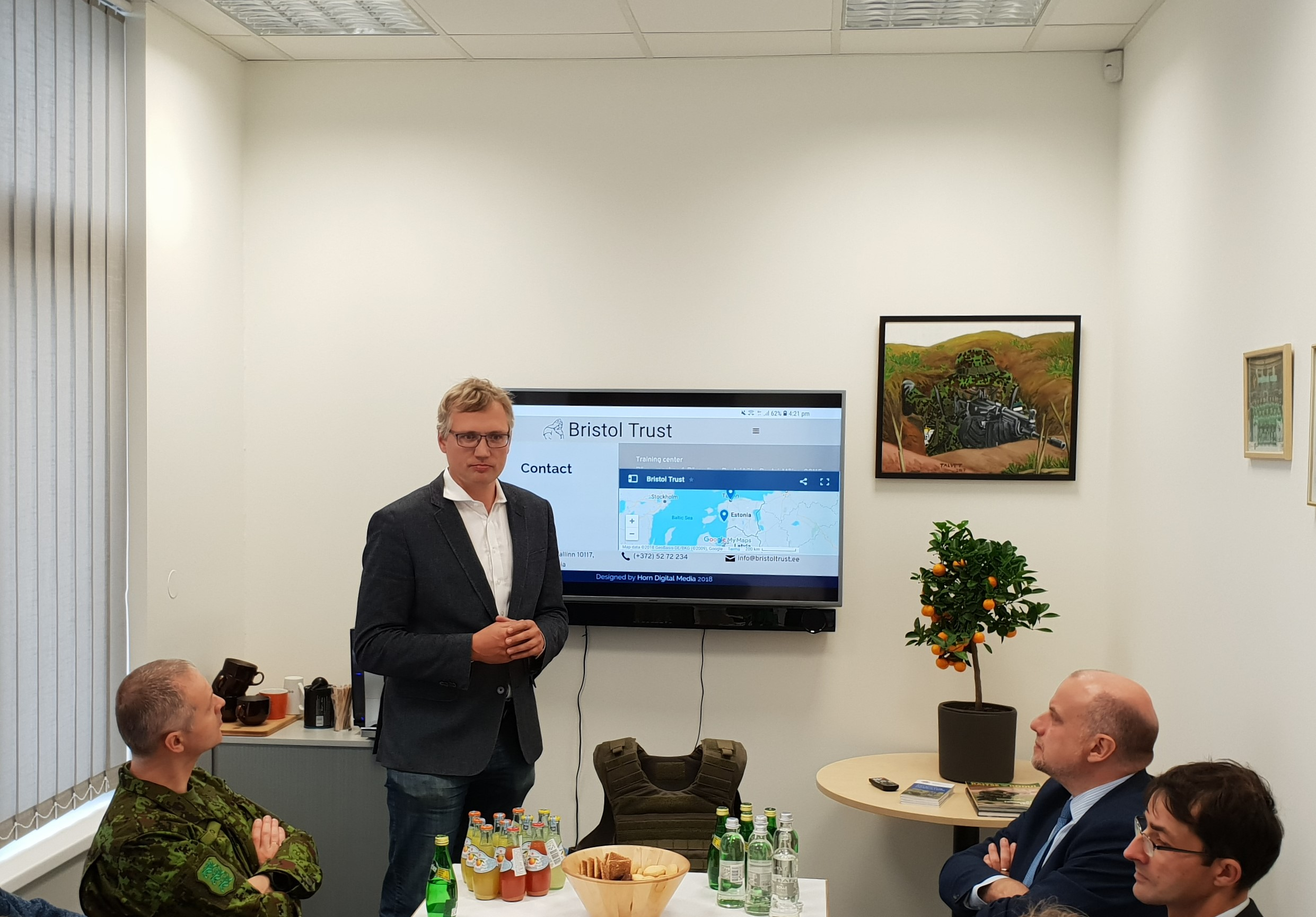 Minister of Defence Jüri Luik visited Bristol Trust 1st of October 2018