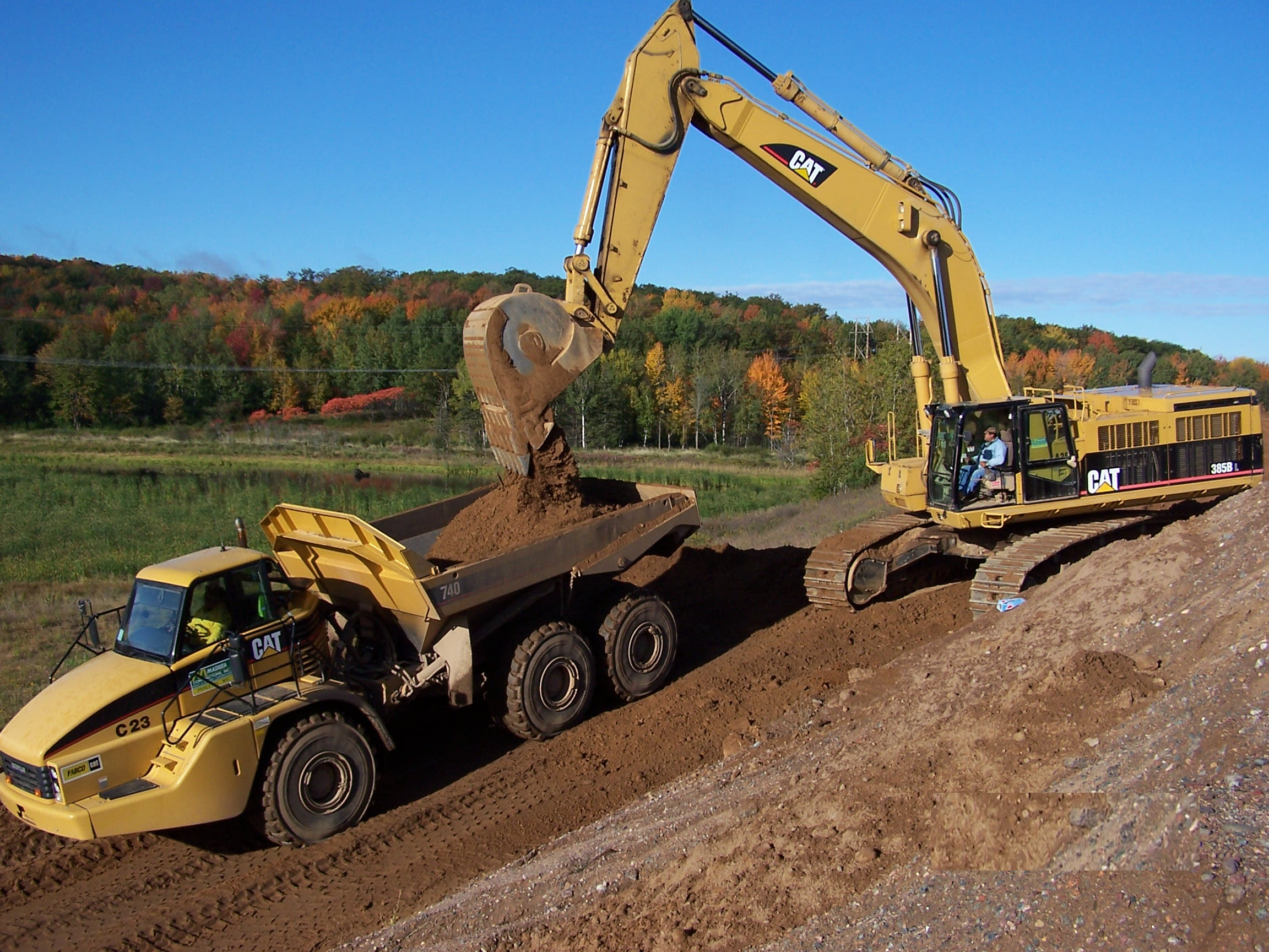 Articulated Truck and Excavator