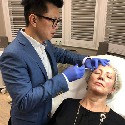 Radiesse®️Hands-on session in London,  where Dr Ivan Puah performed injectables on a patient with various techniques and injection points.
