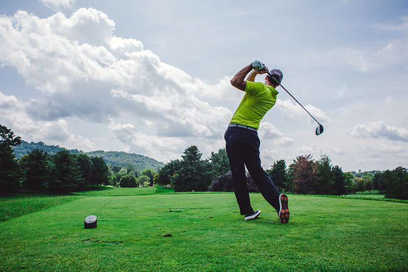 Golf And Rotator Cuff Injuries What You Need To Know
