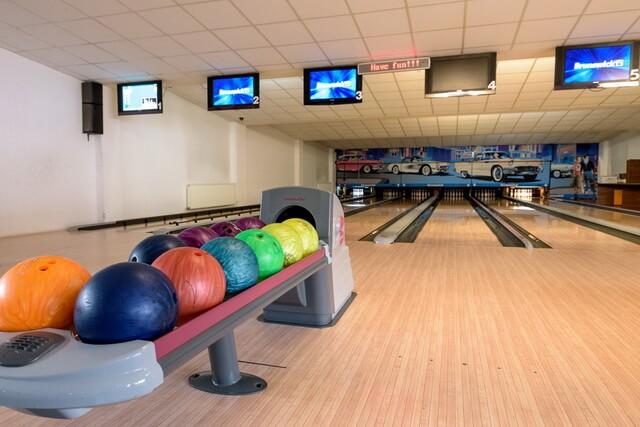 bowling in bran