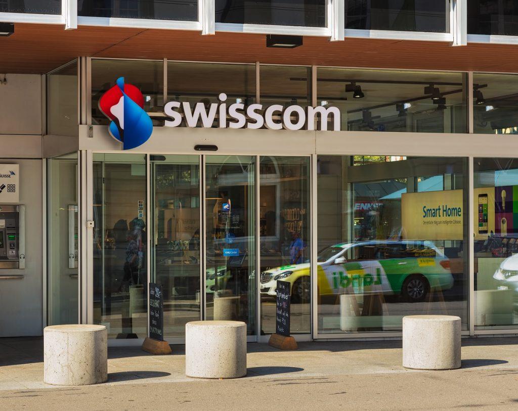 L'entrée d'un magasin Swisscom à Winterthur, en Suisse.  Déposer des photos