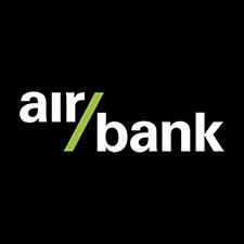 Logo AirBank. Tato banka nabízí půjčku až do 900 000 Kč při úroku od 4,9 % ročně. Předčasné splacení půjčky je zdarma.
