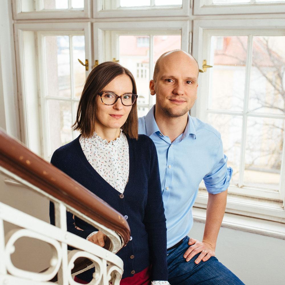 Manželé Eva a Jan Hlavsovi, kteří v České republice provozují investiční službu Fondee.
