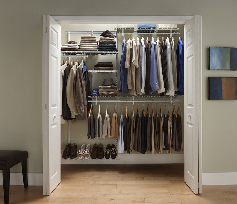 Customized Closet Shelves