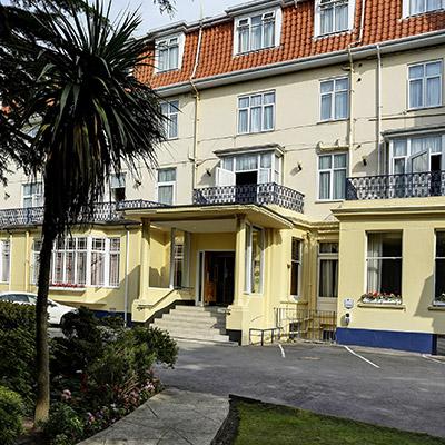 Hotel Royale External