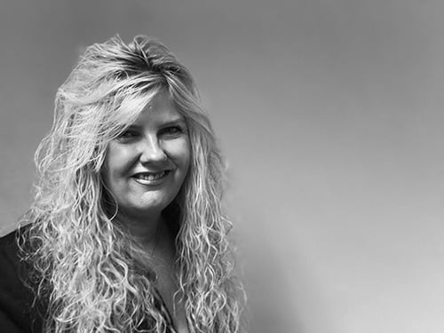Sharon Lelkes, Director of Connolley & Company Propery Conveyancers