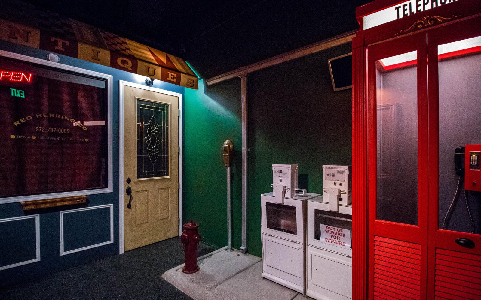 Red Escape Room Plano